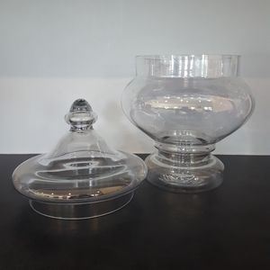 Apothecary glass jar candy dish with lid